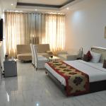 Kshitij Hotel Royale,  Gurgaon