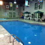 Hotel Pictures: Colonial Inn, Brandon