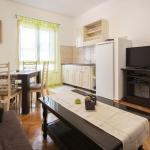 Cozy One-Bedroom Apartment, Zadar