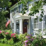 Centennial House Bed and Breakfast,  Northfield