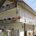 Larisa Villa, Hévíz