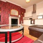 Albion Street Serviced Apartments by RoomsBooked, Cheltenham