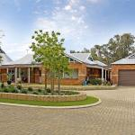 酒店图片: Swan Valley Bed and Breakfast Farmstay, Upper Swan