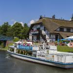 Hotel Pictures: Falk Seehotel Lenzer Krug, Lenz
