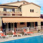 Hotel Pictures: Villa l'Ecureuil 6p, Mandelieu-la-Napoule