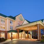 Country Inn & Suites Newark, Newark