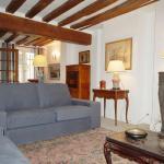 Apartment Quai de Bourbon - 9 adults, Paris