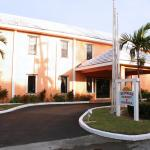 Hotel Pictures: Sunrise Resort and Marina, Freeport