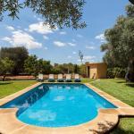 Hotel Pictures: Villa Carretxet, Búger