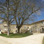 Hotel Pictures: Domaine de Bel Air Carpe Diem, Tizac-de-Curton