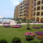 Hotel Pictures: Apartment in Midia Grand Resort, Aheloy