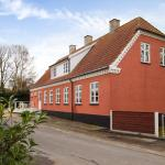 Hotel Pictures: Torkilstrup Guesthouse, Kirke Såby