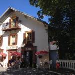 Hotel Pictures: Gite Le Pelens, Saint-Martin-d'Entraunes