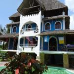 Lazy Bones Guest House, Diani Beach