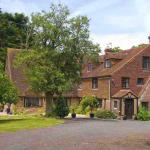 Hotel Pictures: Cleavers Lyng 16th Century Country House, Herstmonceux