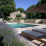 Hotel Pictures: Mas d'Oleandre, Montaren-et-Saint-Médiers