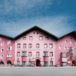 Hotellikuvia: Hotel Krone, Matrei am Brenner