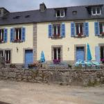 Hotel Pictures: Laura's Chambres d'Hôtes, Huelgoat