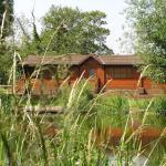 Hotel Pictures: Waterside Lodge, Newborough