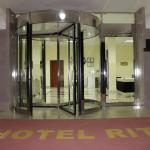 Hotel Pictures: Hotel Ritz Waku Kungo, Waku Kungo