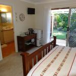 Noonameena Bed and Breakfast, Browns Plains
