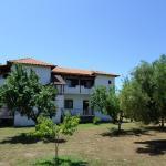 Bozelia Apartments, Toroni