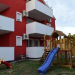 Apartments Aurora, Povljana