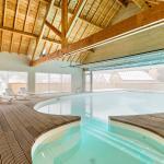 Hotel Pictures: Lagrange Vacances Les Pics d'Aran, Luchon