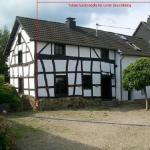 Hotel Pictures: Authentiek Eifelhuis, Hecken
