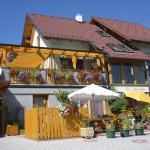 Fotos do Hotel: Ferienwohnungen Haus Livia, Sankt Urban