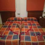 Hotel Pictures: Hostal Godi, Escúzar