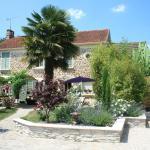 Hotel Pictures: Chambres d'Hôtes Le Petit Nailly, Magny-les-Hameaux