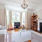 Add review - onefinestay - Wimbledon private homes