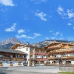 Hotel Pictures: Familotel St. Johanner Hof, Sankt Johann in Tirol