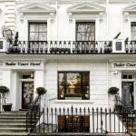 (4.5/5)   Tudor Court Hotel  reviews