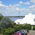 Hotel Pictures: Corella Terrace at Raffertys Resort, Cams Wharf