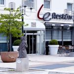 Hotel Pictures: Campanile Paris Ouest - Chaville, Chaville