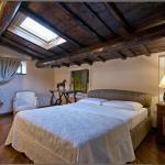 Pantheon luxury apartment,  Rome