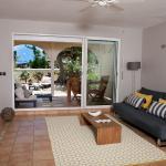 Cozi Apartments, Orient Bay
