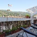 Hotel Pictures: Ático Del Mesón, El Real de San Vicente