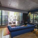 Parisian Lane - A Luxico Holiday Home, Melbourne