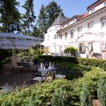 Hotel Pictures: Hofgut Dippelshof Hotel- und Restaurant KG, Darmstadt