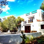 Hotel Pictures: CanCan, Cala Comte