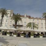 Promenade apartment, Split