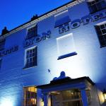 (4.3/5)   The White Lion Hotel  reviews