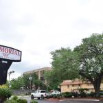 Memorial Inn and Suites, Houston