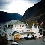 Øren Hotel, Høyanger