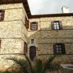 Iliopetra Suites, Agios Lavredios