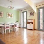 GowithOh Apartamento Muntaner, Barcelona