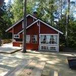 Hotel Pictures: Carlanja Cottage, Halmeniemi